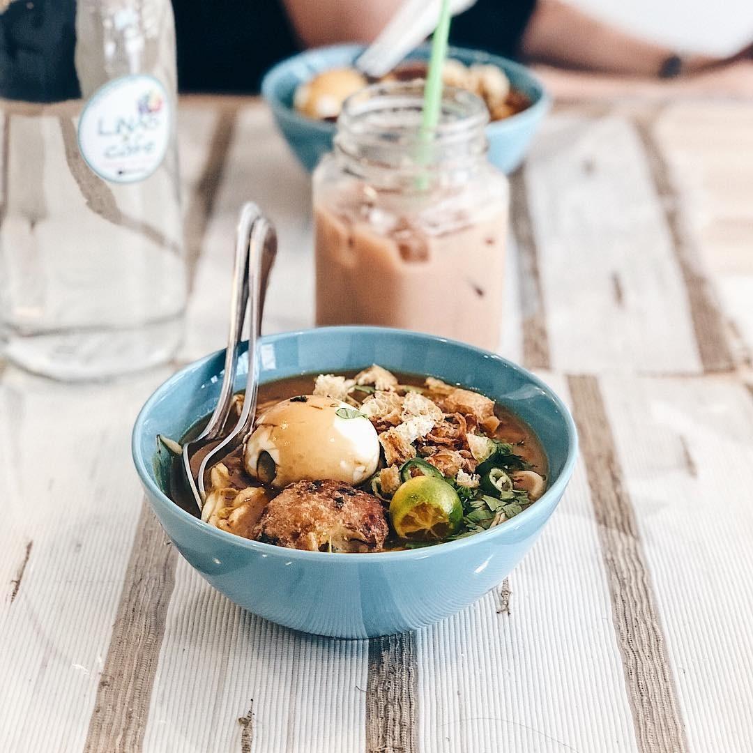 Lina's Cafe - social enterprise