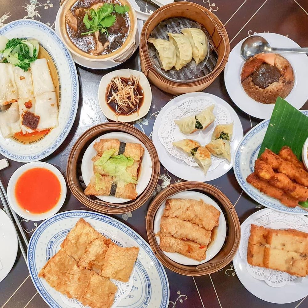 Flatlay of dim sum at Nature's Vegetarian