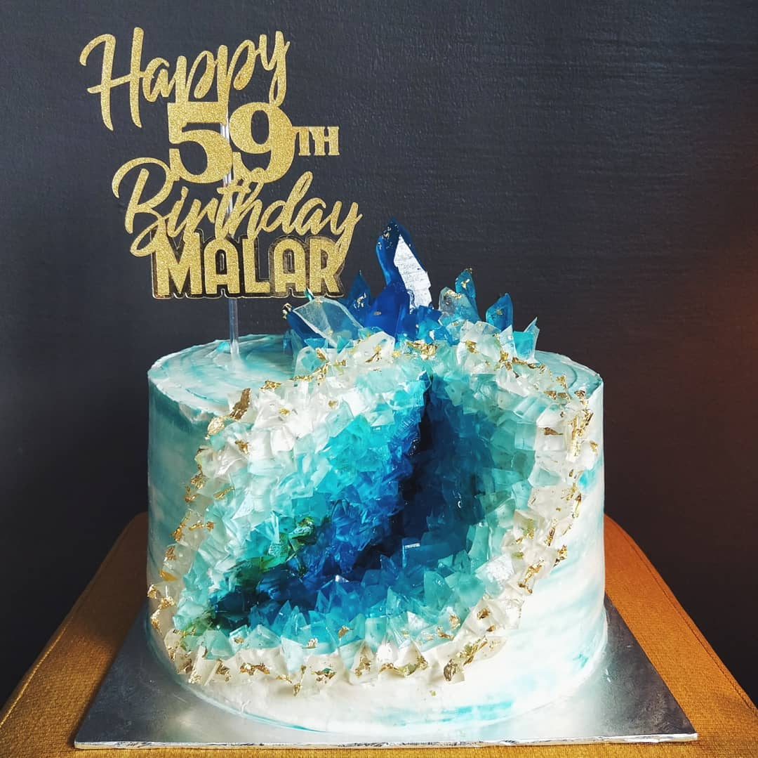 Remarkable 10 Home Bakers In Singapore For Customised Birthday Cakes With One Funny Birthday Cards Online Alyptdamsfinfo