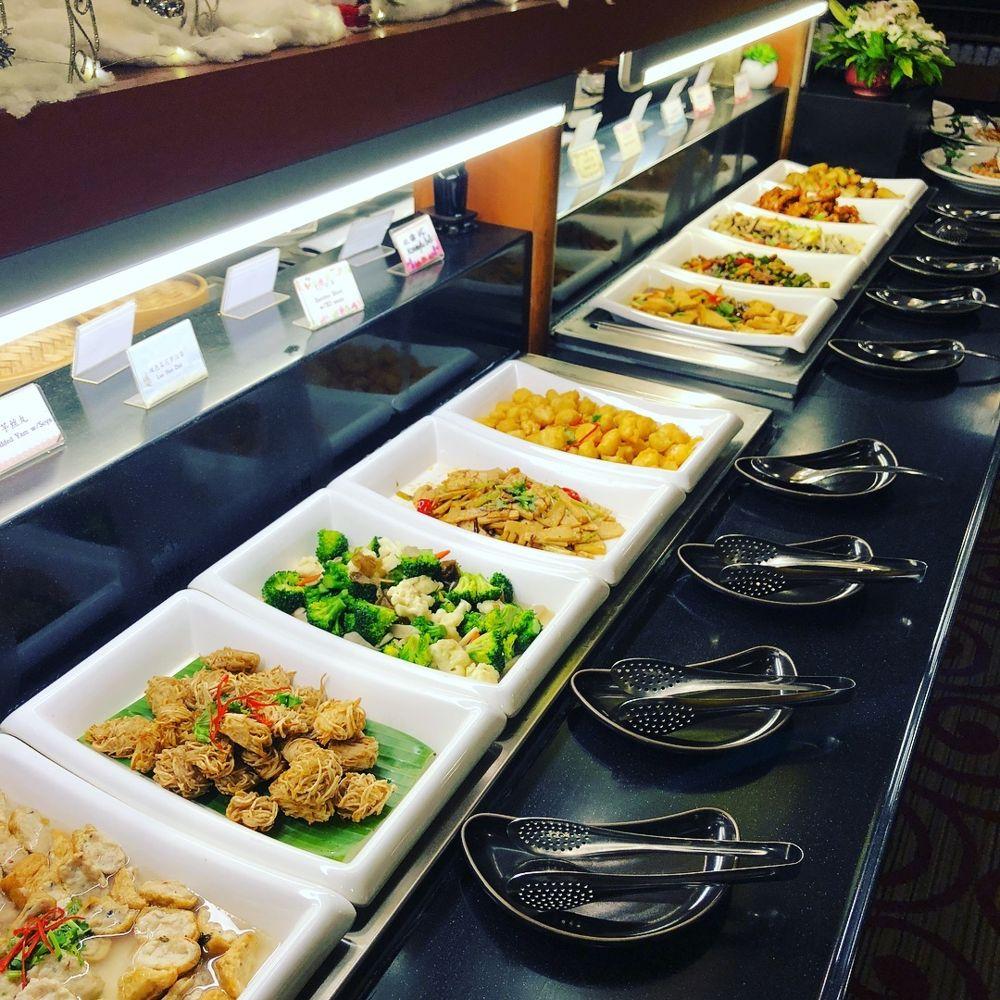 Vegan vegetarian restaurants for dates Lotus Vegetarian