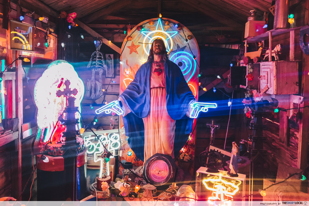 God's Own Junkyard - Jesus figure
