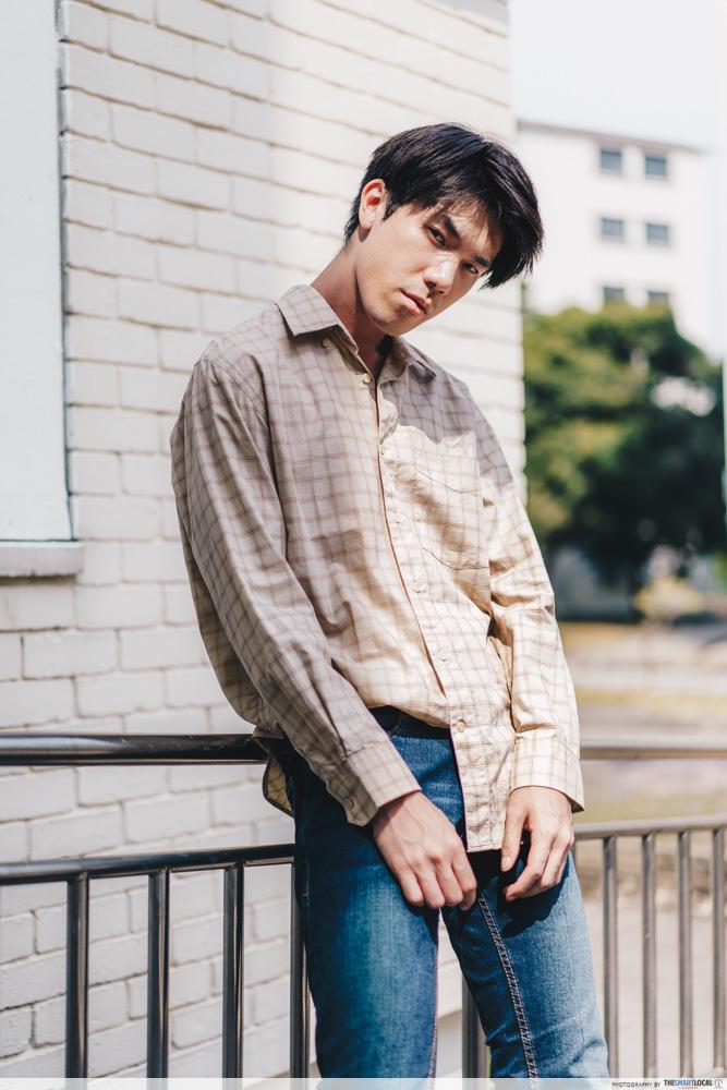 oversized shirt with dark denim jeans