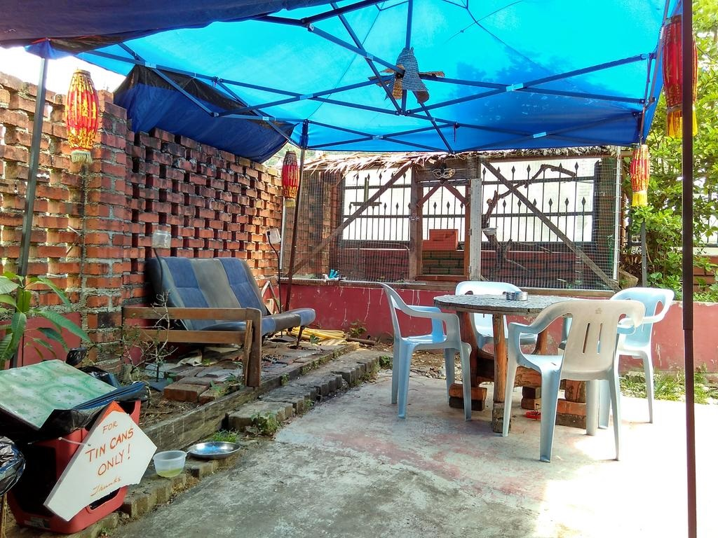 9 Cheap Hostels In JB From $7/Night For Budget Weekend Trips Across The Border memory guesthouse common area