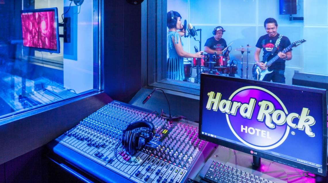 bali luxury hotels - hard rock hotel bali boom box studio