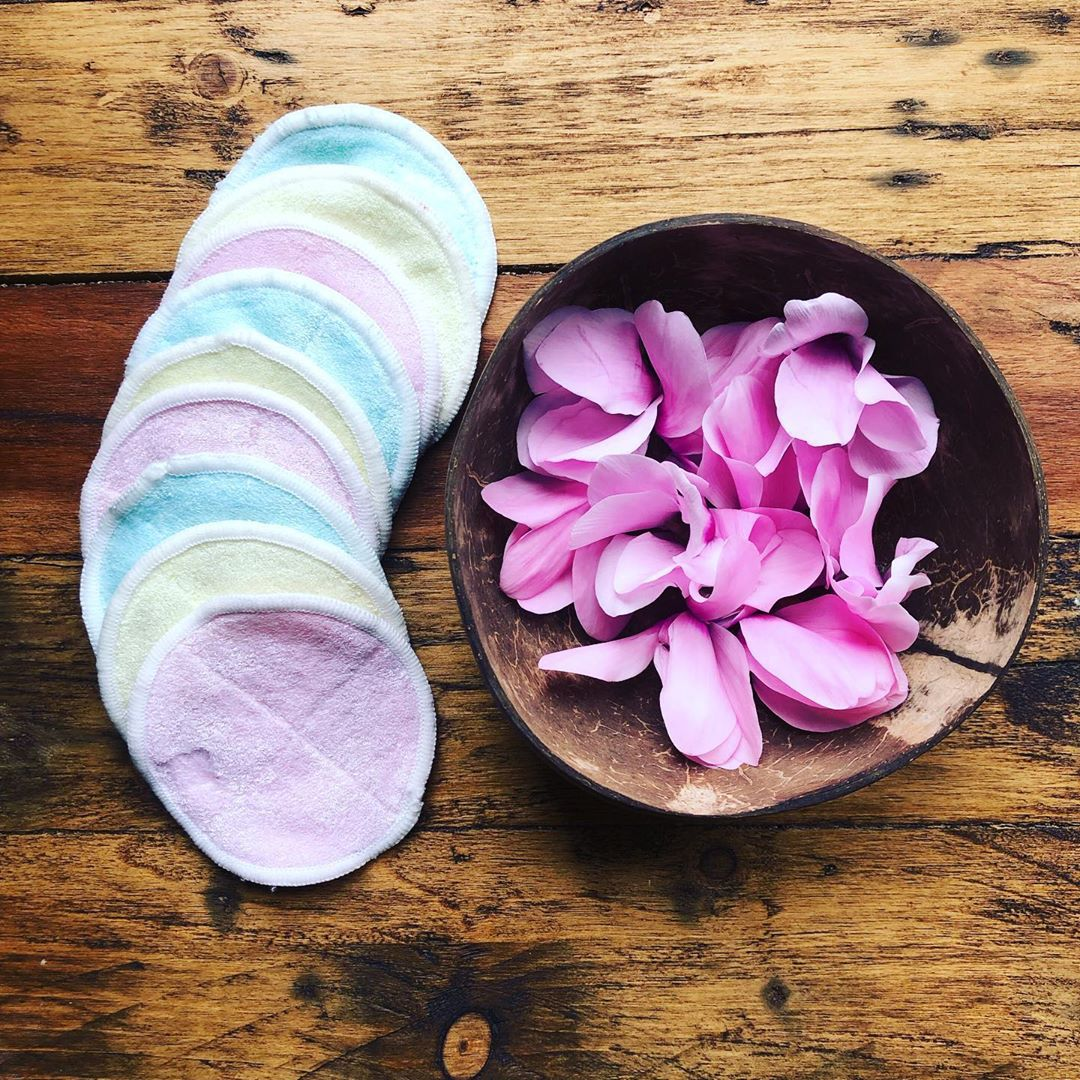 Reusable makeup pads