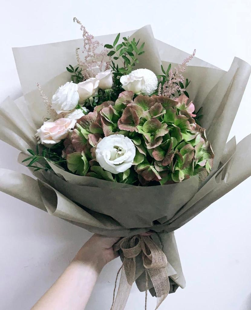 12 Flower Delivery Services In Singapore With Affordable Bouquets
