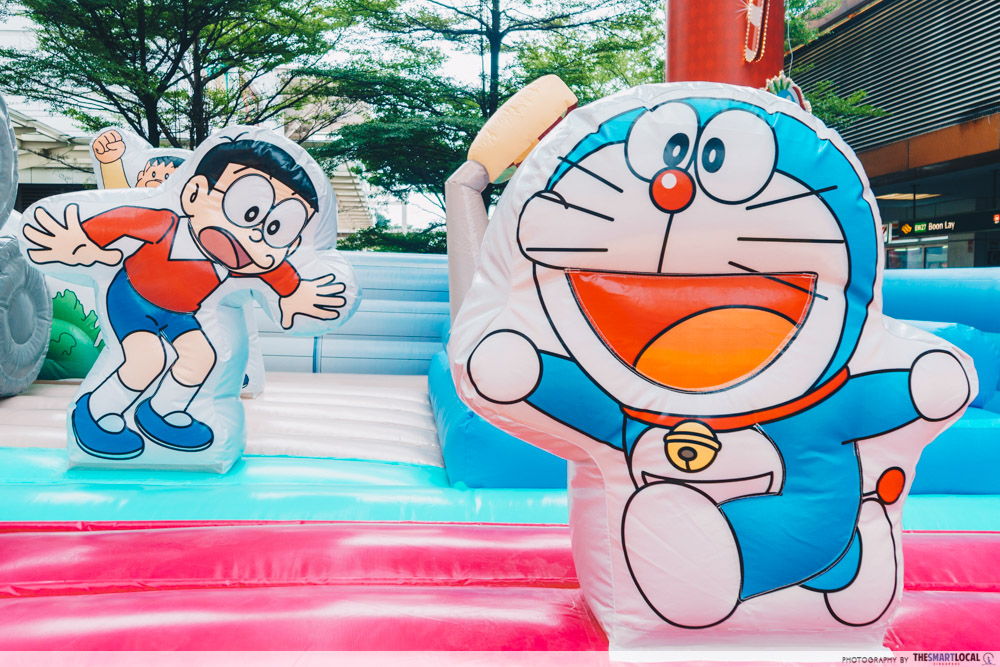 doraemon pop-up at amk hub and jurong point - doraemon and nobita inflatable