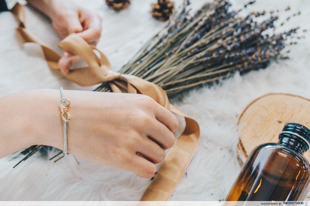 vivocity black friday sale 2019 - swarovski bracelet