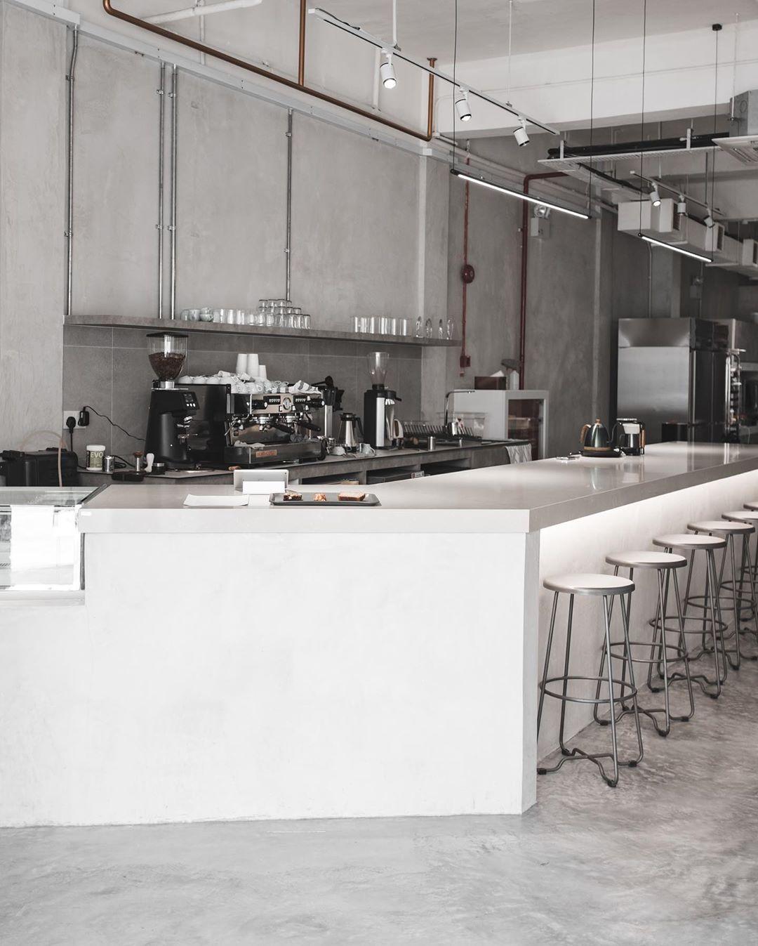 New cafe - Lucid