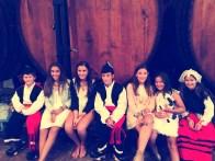 Niños vestidos de asturianos