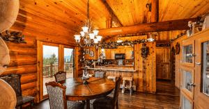 Gatlinburg Cabins, Smoky Mountains, TN, Mom Explores The Smokies