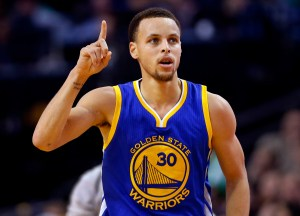 Steph Curry is hoping to defend the Warriors championship with a strong start to the 2015-16 season. Photo courtesy of vergecampus.com.