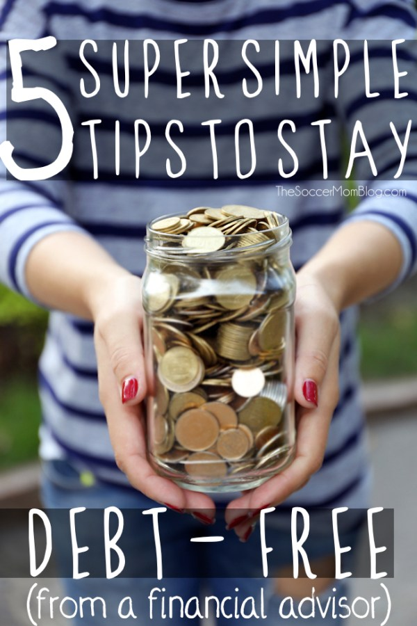 5 financial habits to start NOW to become (and stay!) debt free. It's easier than you'd think to fix your budget and save money!