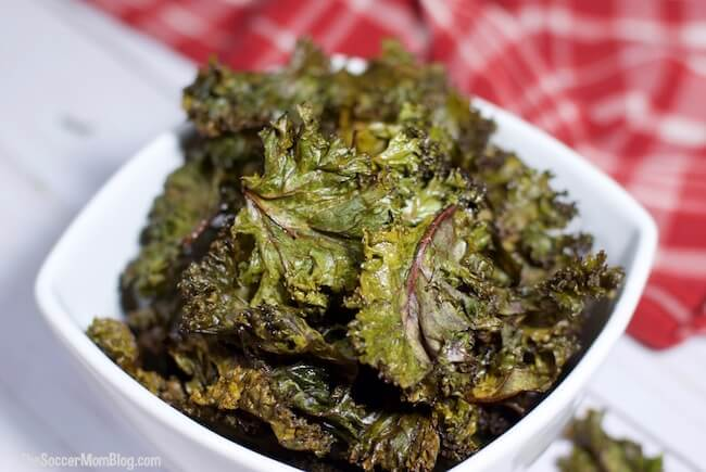 Crispy Baked Purple Kale Chips