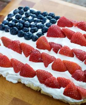 American Flag Fruit Pizza (Gluten Free) w/ VIDEO