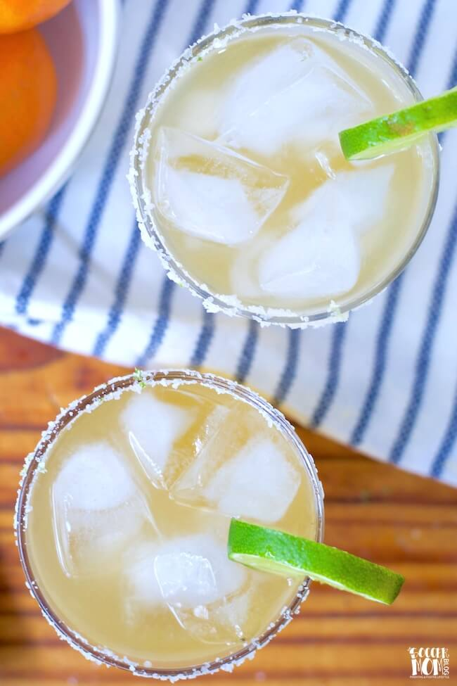 Forget powders and mixes — this simple skinny margarita recipe uses only natural ingredients for a fresh and refreshing cocktail.