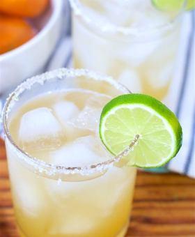 All-Natural Skinny Margarita Recipe