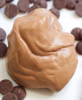 3-Ingredient Edible Chocolate Slime Recipe