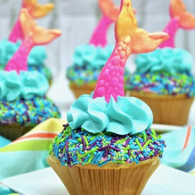 Easy Mermaid Cupcakes The Soccer Mom Blog