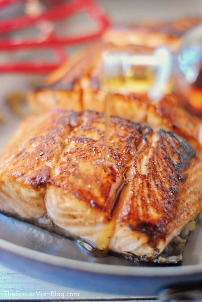 How to make easy maple glazed salmon