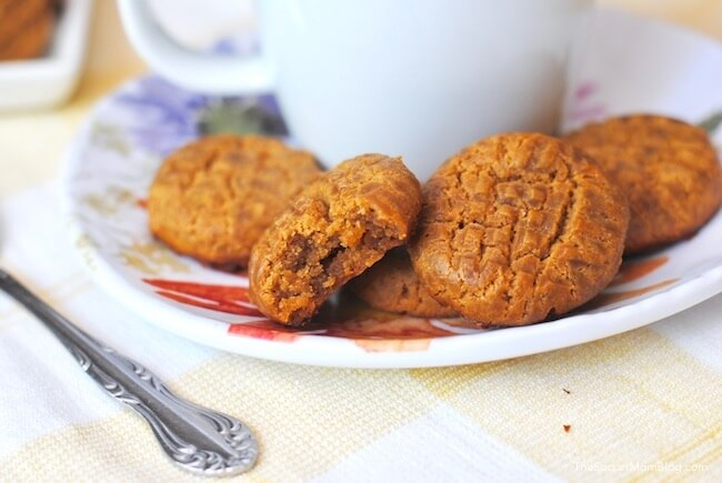 """These Keto Peanut Butter Cookies taste so satisfying you won't even miss the """"real""""thing...and you won't miss the carbseither!"""