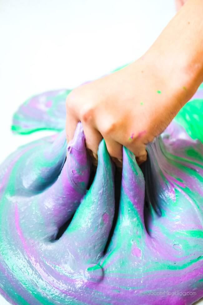 How to make the perfect fluffy shaving cream slime with liquid starch for hours of sensory play.