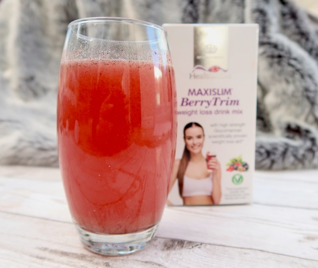 How to lose weight with an added help - Maxislim Berry weight loss aid drink review   The Social Media Virgin - Mature Lifestyle Blog