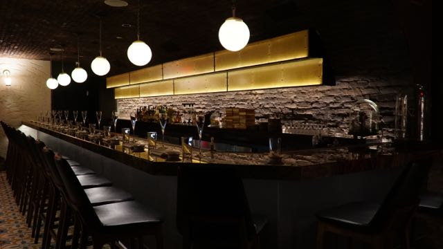 A Chic Dessert Bar Arrives in NYC's Flatiron