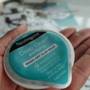 The Neutrogena Face Masks To Lie Back, Relax And Allow Your Skin To Rejuvenate