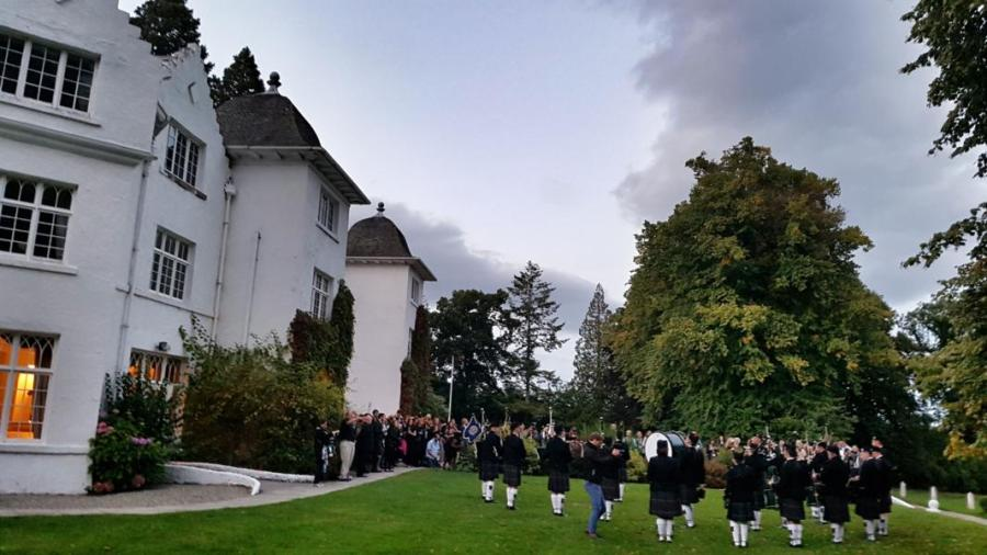 A Scottish welcome for STS delegates at the Achnagairn Castle (image courtesy of Melvin Boecher).
