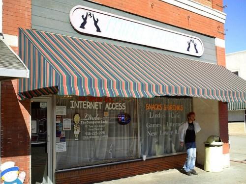 An Internet Cafe in Cushing, Oklahoma
