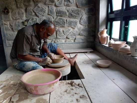 Kodaikanal_pottery-min