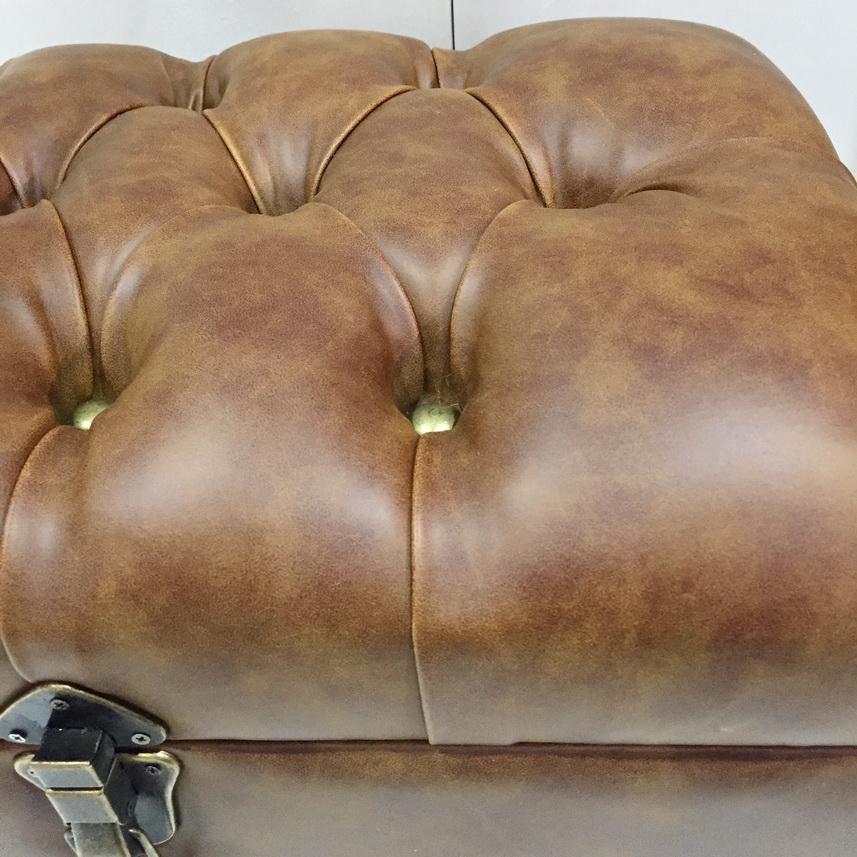 16B761S : Sofa