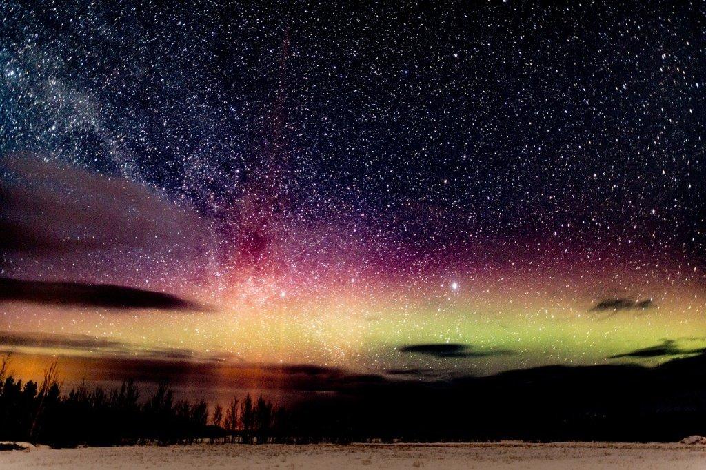 aurora-2491595_1280