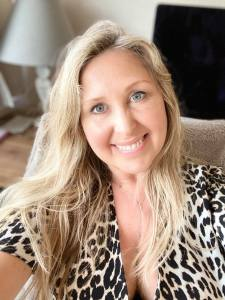 Lorraine Pannetier Intuitive Copywriter