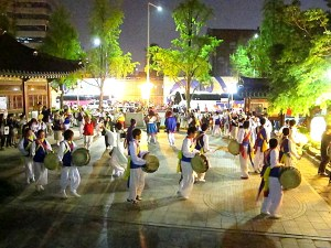 Seoul, Korea: Lotus Lantern Festival 2013, Musicians in Front of Jogyesa Temple