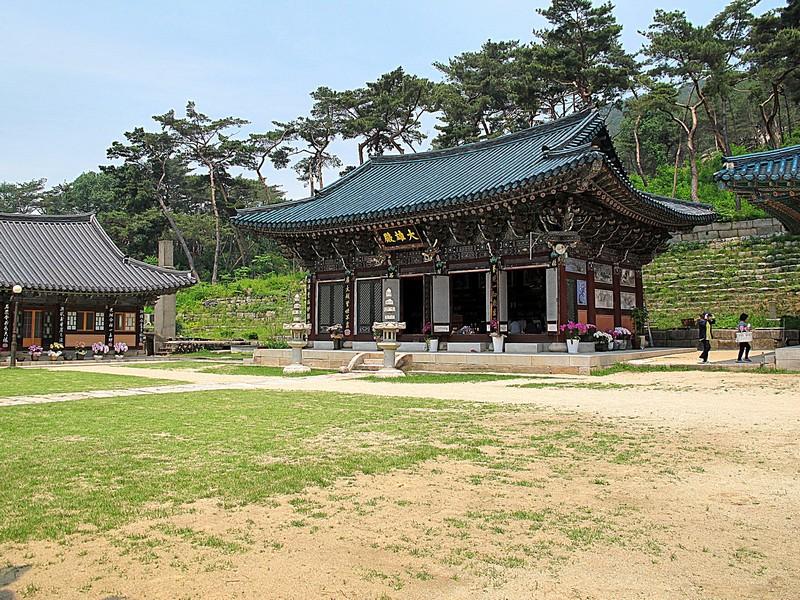 Seoul, Korea: Jingwansa Temple