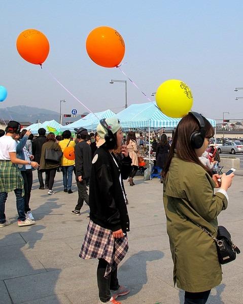 Gwanghwamun Flea Market, Seoul, Korea