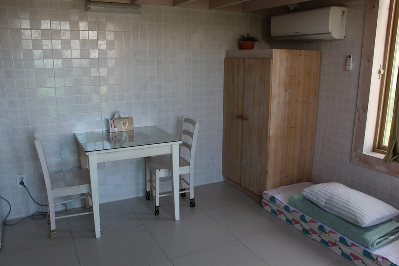 Sungeut Beach, Gangneung Korea: Mint Cloud Pension