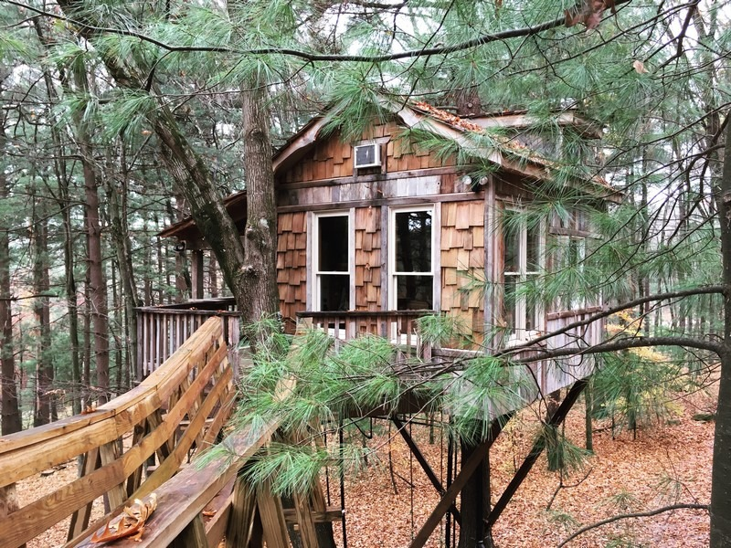 The Mohicans, Mohican State Park, treehouse stay, Ohio, USA