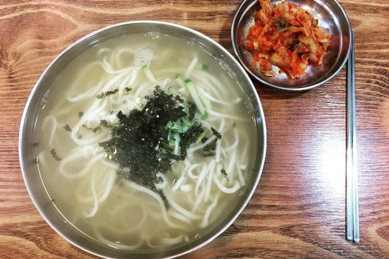 Hongduggae Kalguksu, Mangwon Market, Mangwon-dong, Seoul, Korea