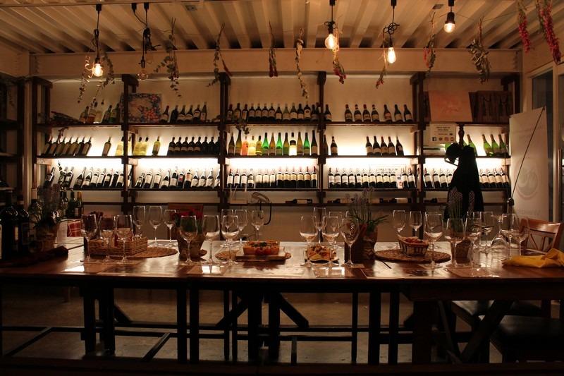 Vineworks, Sangsu, Seoul, Korea: Wine Tasting