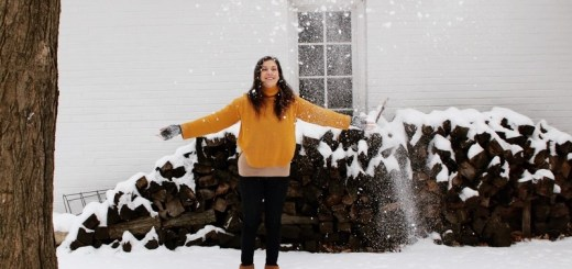 Dayton, Ohio, USA: Hallie Bradley in the snow