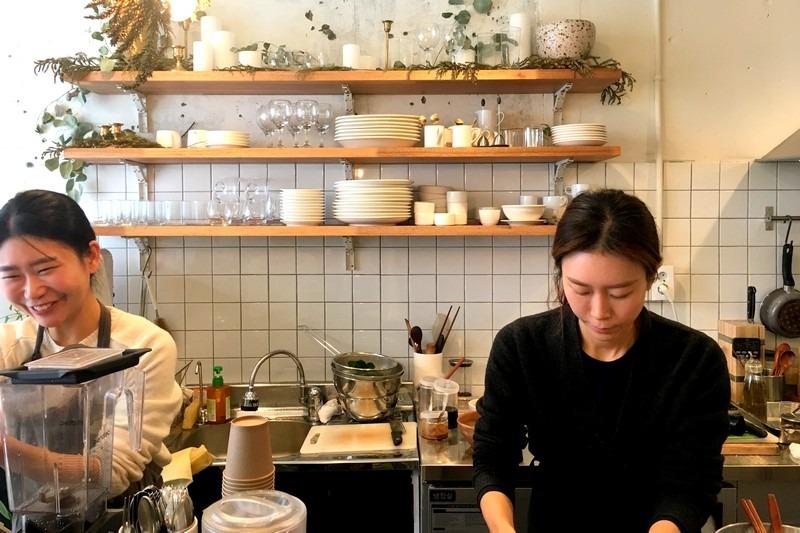 Minimal Kitchen, Hapjeong, Seoul, Korea