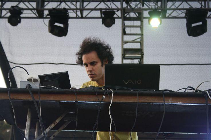 Four_Tet_(2011)
