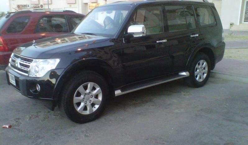 Used 2011 Mitsubishi Pajero full