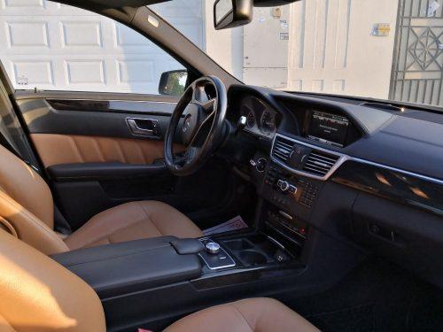 Mercedes-Benz E-300 Avantgarde, 3.0L Full Option, GCC Specs. full
