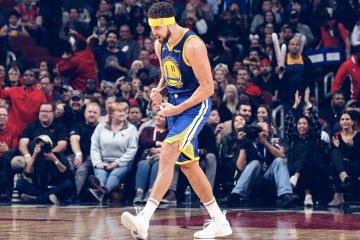 Klay Thompson Splashes NBA Record 14 3-Pointers on the Chicago Bulls