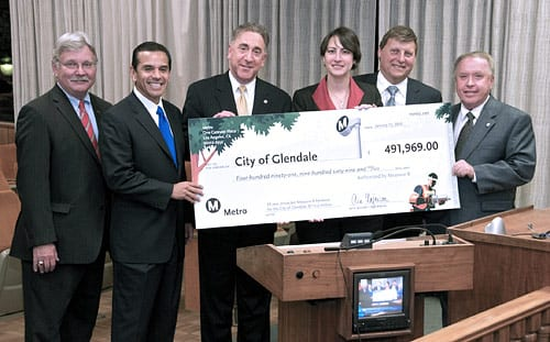 Pictured, from left: Metro CEO Art Leahy, Los Angeles Mayor Antonio Villaraigosa, Glendale Council Member John Drayman, Glendale Mayor Pro Tem Laura Friedman, Board Chair and Glendale Council Member Ara Najarian and Glendale Council Member Dave Weaver.