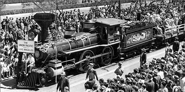 Crowds watch train celebrating completion of the new Union Station, 1939. More than half a million people attended the parade alone.(Courtesy of USC Digital Library)